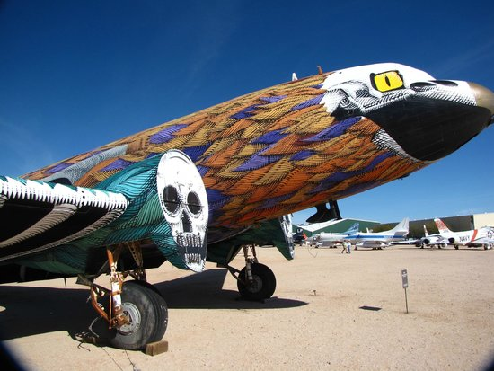 Pima Air & Space Museum: Awesome plane!