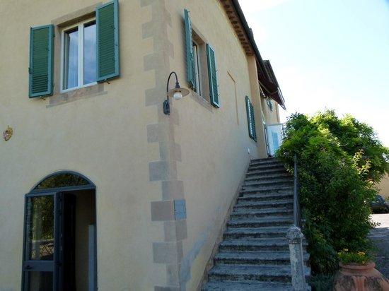 Palazzo di Valli: Acesso a recepção