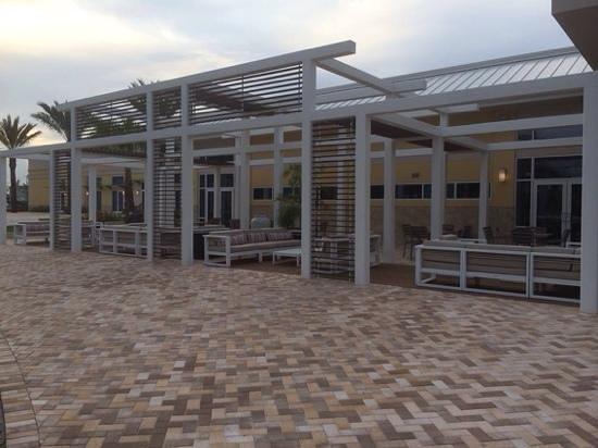 Wyndham Orlando Resort International Drive: Outside lounge area
