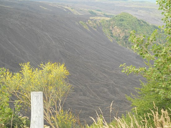 Etna Experience Excursions: Valle del Bove