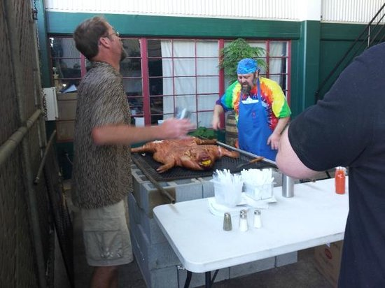 Calapooia Brewing Company: Pig roast looked awesome!