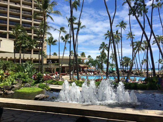 Hilton Hawaiian Village Waikiki Beach Resort: View from the check in area @ HHV in Honolulu.