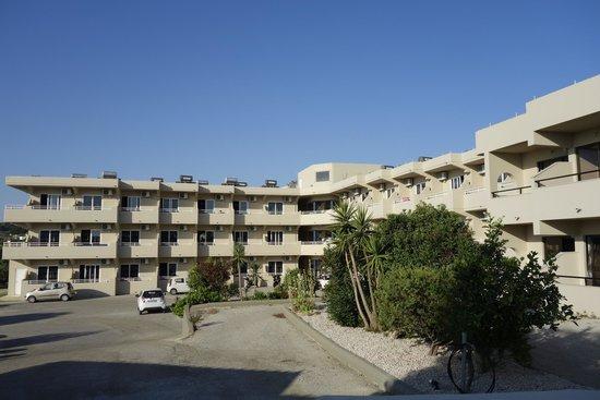 Hillside Studios and Apartments : отель