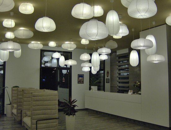 Hotel Bologna : Impressive lobby area