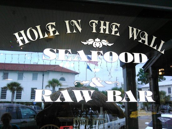 Hole In The Wall Seafood: Great place