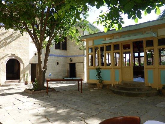 Gul Konaklari - Sinasos Rose Mansions: exterieur