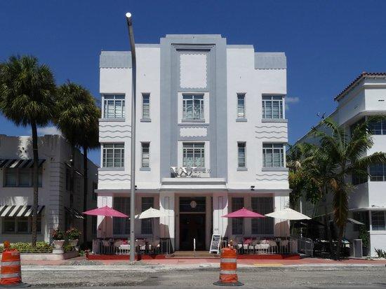 Art Deco Historic District: Prédio estilo Art Deco