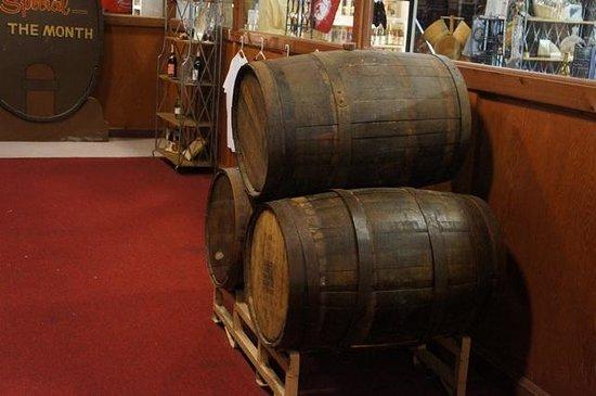 Wiederkehr Wine Cellars: In the store