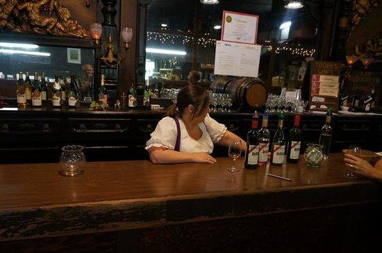 Wiederkehr Wine Cellars: Friendly service