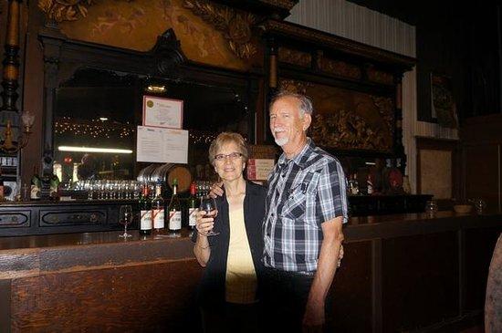 Wiederkehr Wine Cellars: Love the samples