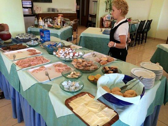 Petit Hotel : ausgezeichnetes Frühstücksbuffet