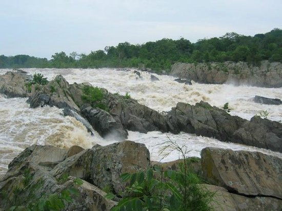 Great Falls Park: A high water day in 2003