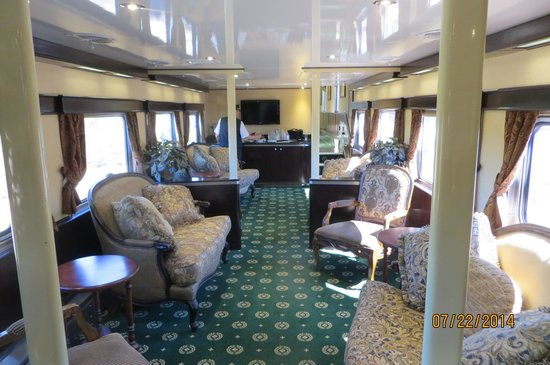 Grand Canyon Railway: Luxury Dome car lower level