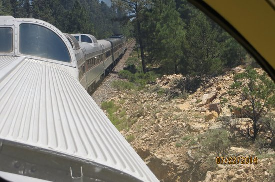 Grand Canyon Railway: Forward view from Dome car