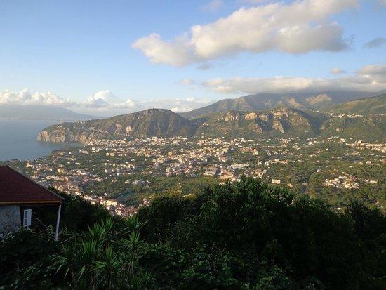 Villa Monica B&B: Wonderful vista whilst sat on balcony