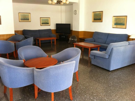 Condemar: seating area