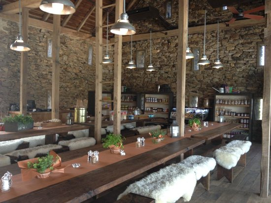 Wyebrook Farm Cafe and Market : Indoor Seating