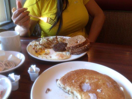 The Broken Yolk: double yum