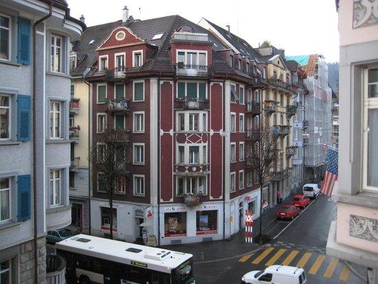 Drei Könige Hotel Luzern: Вид с балкона отеля