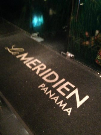 Le Meridien Panama: entrance