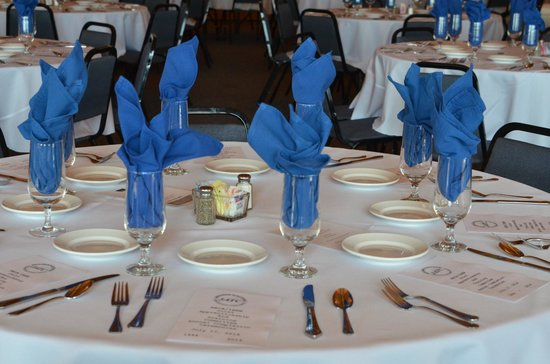 Acropolis Restaurant & Catering: Table setting