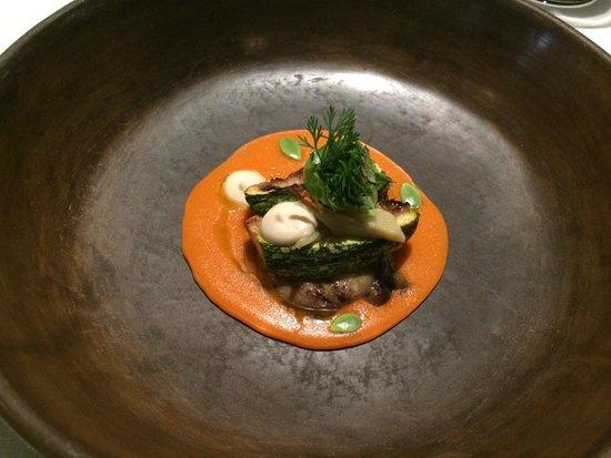 Pujol: Mole amarillo, berenjena y calbaza