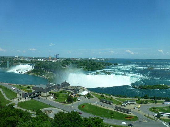 Niagara Falls Marriott Fallsview Hotel & Spa: Never Turned on the TV!