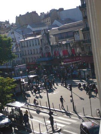 Avenir Hotel : Dalla finestra