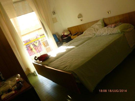 Hotel Gabicce: Camera/letto