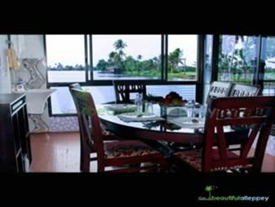Kerala Backwaters: House Boat Dinning Hall