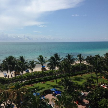 Four Points by Sheraton Miami Beach: Room View