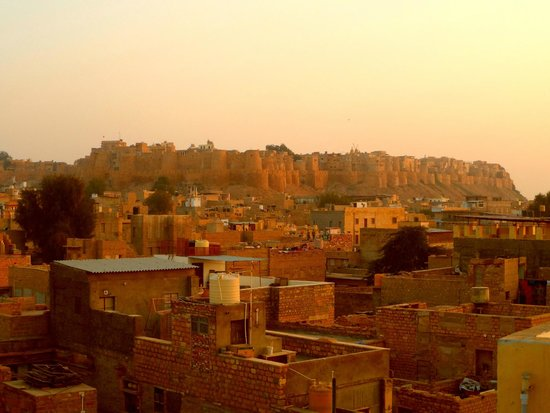 Hotel Pleasant Haveli: View of the Fort from the rooftop
