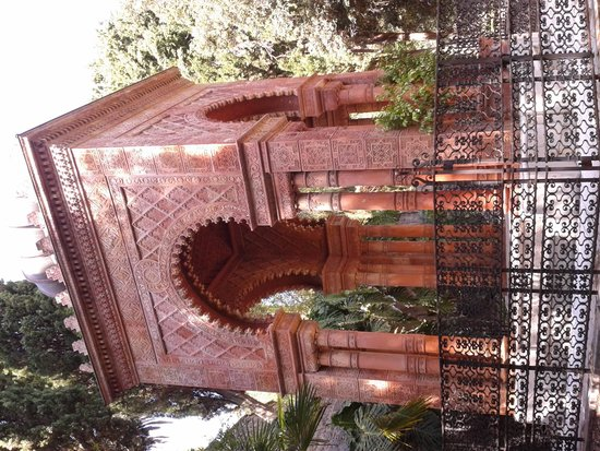 Giardini Botanici Hanbury: mausolée