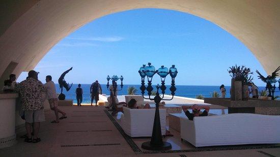 Marquis Los Cabos: Entry way