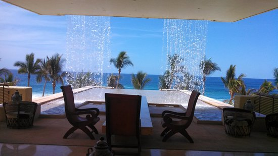Marquis Los Cabos All-Inclusive Resort & Spa: Restaurant and bar level