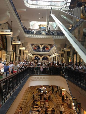 Queen Victoria Building (QVB): Shot of the levels in QVB