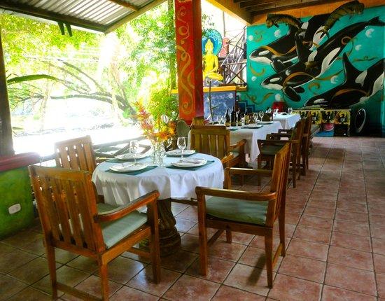 Roca Verde: Restaurant