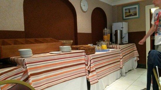 Apollo Hotel - Bayswater: Frühstück beim Apollo