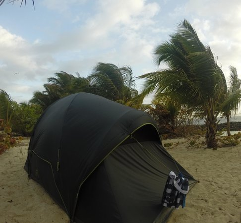 Isle of Reefs Tours - Day Tours: Offshore Camping