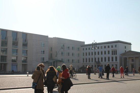 Brandenburg Gate (Brandenburger Tor): Puerta de Brandenburgo-Oso de Berlín