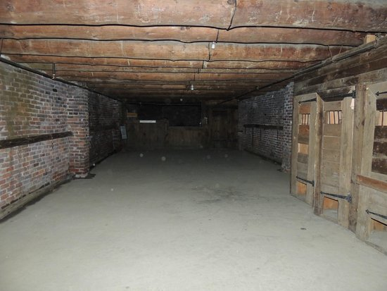 The Fort William Henry Museum & Restoration: Some orbs in the basement