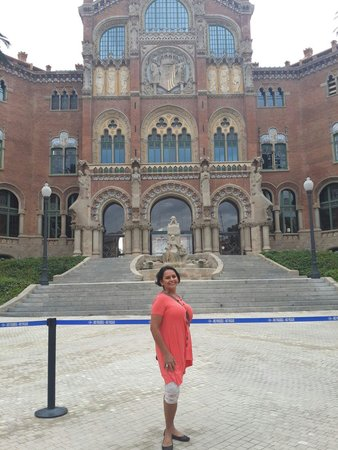 Recinto Modernista de Sant Pau (Recinte Modernista de Sant Pau): Maravillosa aquitectura Amo a Barcelona
