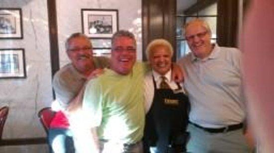 Royal Sonesta New Orleans: BEST waitress at Desire