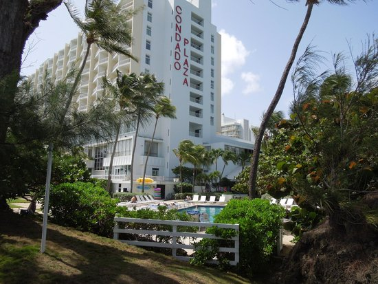 The Condado Plaza Hilton : View from pool area