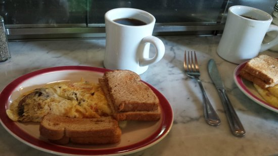 Spud Boy's Diner: Omelettes and toast