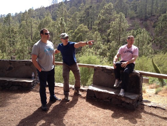 Private Jeep Tours: An enthusiastic Henry points out the floral and forna