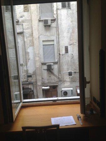 Grand Hotel Europa : Uitzicht vanuit kamer 158