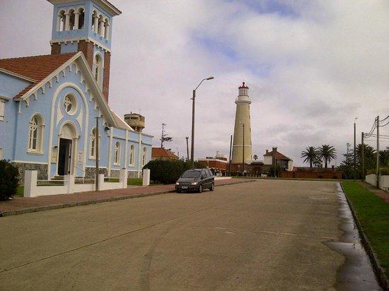 Atlantico Boutique Hotel: Iglesia y Faro, a un paso del Hotel