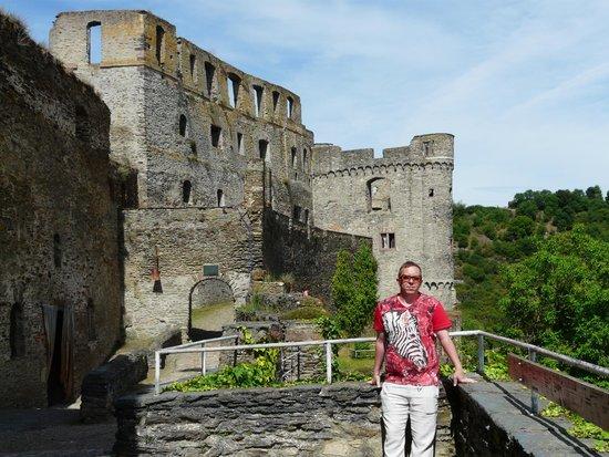 Burg Rheinfels: Good portions intact