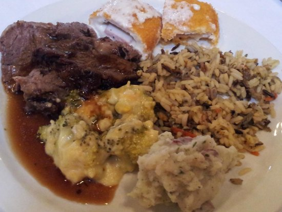 Canyon Springs Golf Club: Easter Buffet